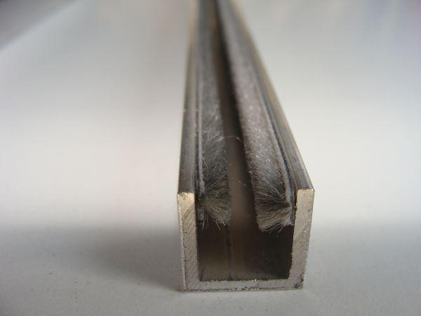 untere einläufige Führungsschiene für 6 / 8 und 10 mm Glastüren